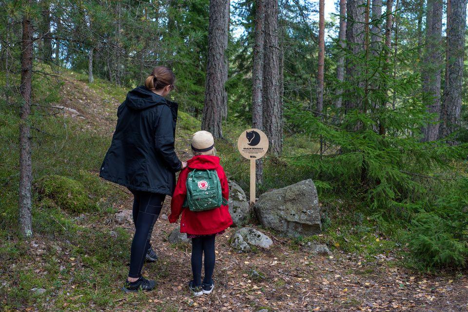 Naalin seikkailu -luontoreitti innostaa lapsiperheitä metsään