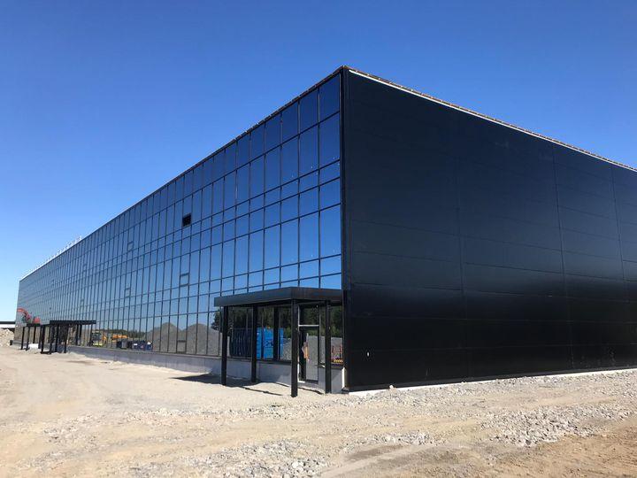Specma muuttaa Pirkkalaan kesäkuussa. Uudet tilat Linnakalliossa tarjoavat modernit työolot keskeisellä sijainnilla ja ovat helposti asiakkaiden saavutettavissa. Kuva: Meijou Oy