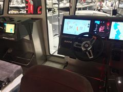Beginning from spring 2018, two Buster boat models, the Phantom Cabin and the Buster Cabin, can be fitted with the new-generation Raymarine Quantum Radar. The optionally available radar is integrated into the Buster Q smart display, a multi-functional device that comes standard with Buster boats.