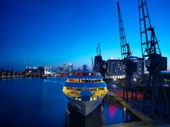 Sunborn London's waterfront setting enables guests to enjoy breathtaking views across the Thames.