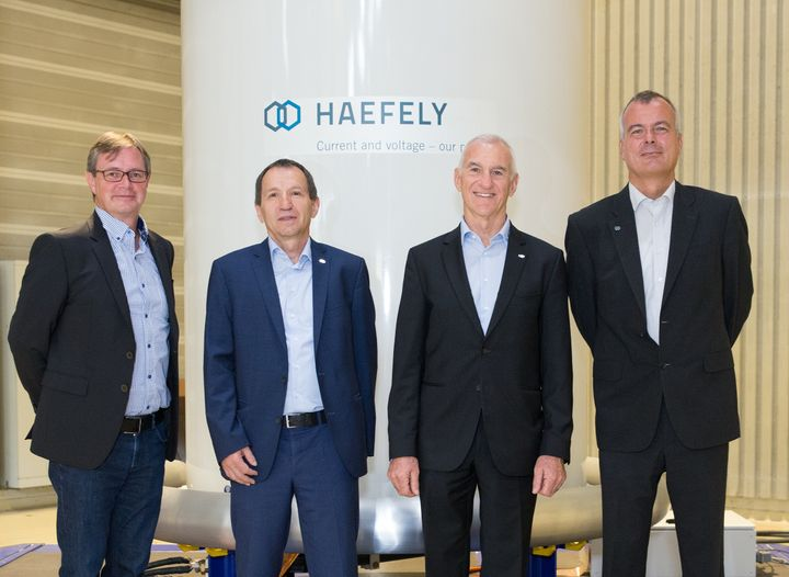 From left to right: Markus Schneider, Member of the executive board HAEFELY Test AG / Jürgen Bernauer, CEO PFIFFNER International AG / Fritz Hunziker, Chairman of the board of directors PFIFFNER International AG / Peter Schikarski, Member of the executive board HAEFELY Test AG.