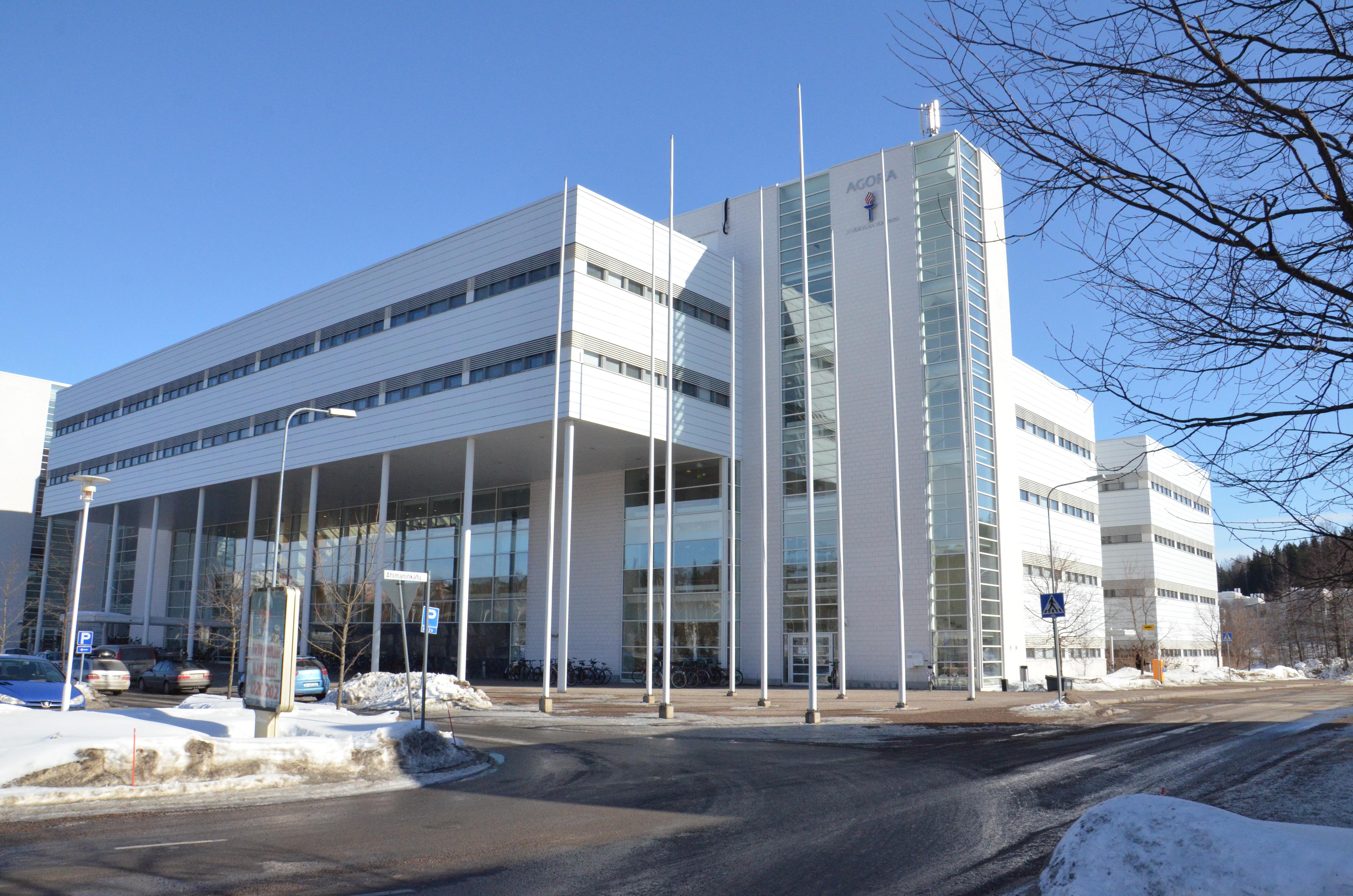 IBM ja Jyväskylän yliopisto perustavat yhteisen läpimurtoteknologioiden innovaatiohubin | IBM Suomi